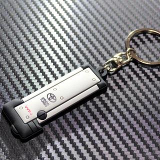 トヨタ(トヨタ)の【裏文字ピンク】1JZ-GTE エンジンヘッドカバー型キーホルダー JZX100(車種別パーツ)