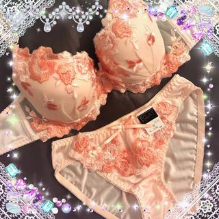 華やかなローズ刺繍★ブラジャー&ショーツセット★オレンジ(ブラ&ショーツセット)