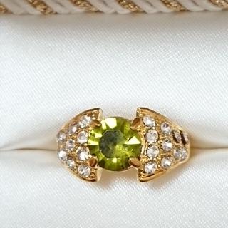 新品未使用 美品 リング 指輪 オシャレなデザイン 女性用 サイズ14号 42(リング(指輪))