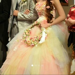 【最終値下げ】YNS カラードレス お花がいっぱい パニエ付き レインボー(ウェディングドレス)