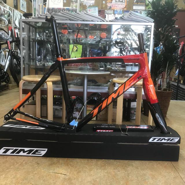 TIMEタイム フルイディティ アクティブフォーク カスタム色XSサイズ 旧ロゴ スポーツ/アウトドアの自転車(自転車本体)の商品写真