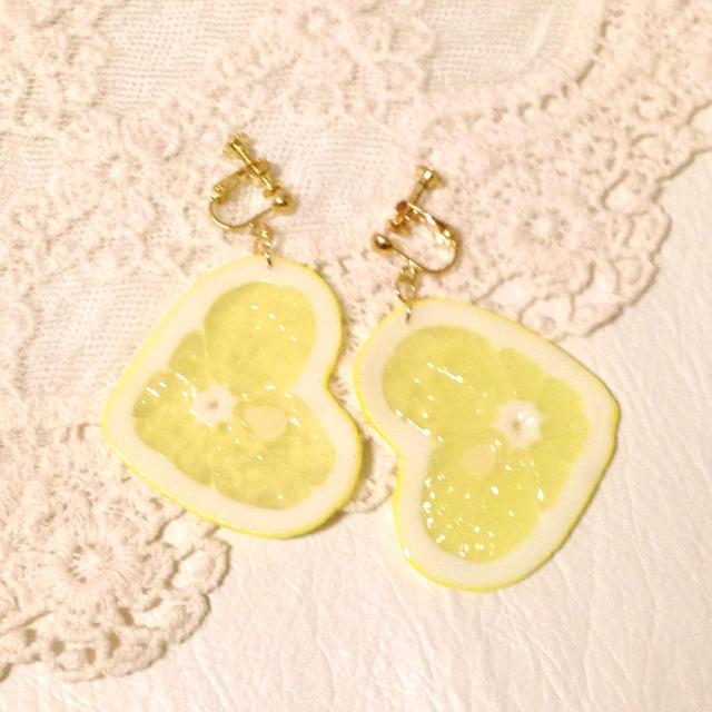 e99f13dc028bd6 ハートレモン☆イヤリング レディースのアクセサリー(イヤリング)の商品写真