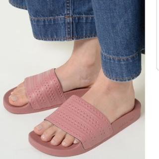 アディダス(adidas)のアディダス アディレッタ サンダル (サンダル)
