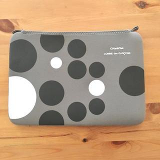 コムデギャルソン(COMME des GARCONS)のCOMME des GARCONS Macbook 11インチ ケース (iPadケース)