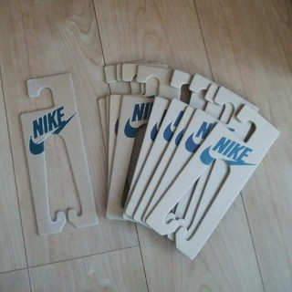 ナイキ(NIKE)の新品 未使用 送料込み NIKE サンダル ハンガー ナイキ 10個 500円(押し入れ収納/ハンガー)