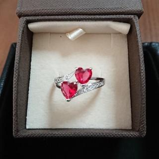 赤色のハートの指輪(リング(指輪))