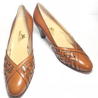タニノクリスチー(TANINO CRISCI)の【TANINO CRISTI】パンプス ブラウン レザー 革靴 22.5cm(ハイヒール/パンプス)