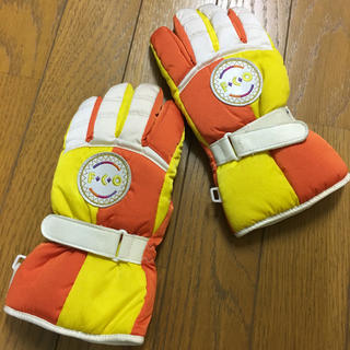セイブヒャッカテン(西武百貨店)のスキー スノボ 手袋 Sサイズ 西武デパートで購入 150センチ(ウエア/装備)