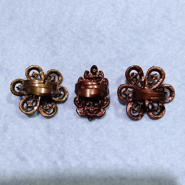 アンティーク風ブラウンの指輪(フリーサイズ)3個セット レディースのアクセサリー(リング(指輪))の商品写真