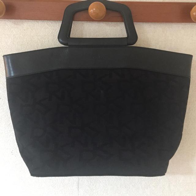 DKNY WOMEN(ダナキャランニューヨークウィメン)のDKNY ロゴトートバッグ 黒  レディースのバッグ(トートバッグ)の商品写真
