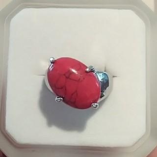 赤いストーンのリング(リング(指輪))