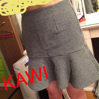 カウイジャミール(KAWI JAMELE)のスカート(ミニスカート)