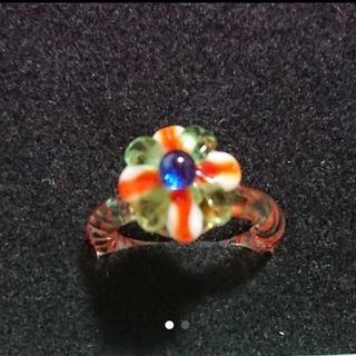ガラスのお花のリング(リング(指輪))