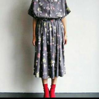 シンディー(SINDEE)のSINDEE シンディー 花柄スカート(ロングスカート)