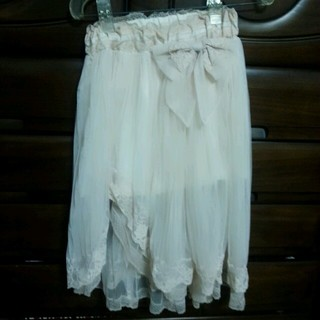 リズリサ(LIZ LISA)のLIZLISA🎀チュール膝丈スカート(ひざ丈スカート)