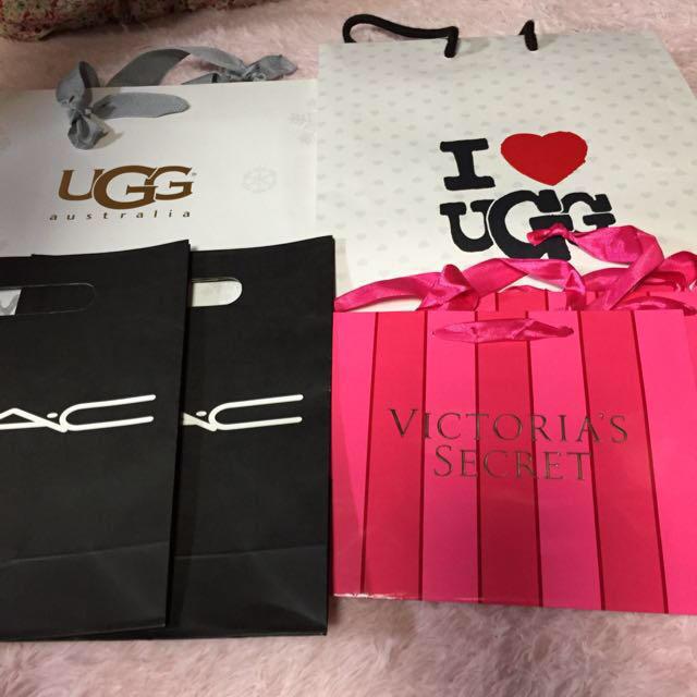 ショップ袋UGGのみ レディースのバッグ(ショップ袋)の商品写真