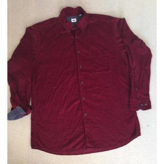 ユニクロ(UNIQLO)の処分セール!メンズおしゃれシャツ(シャツ)