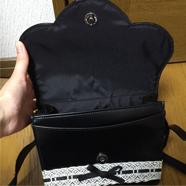 Heart E(ハートイー)のHeart E ハートイー ショルダーバッグ レディースのバッグ(ショルダーバッグ)の商品写真