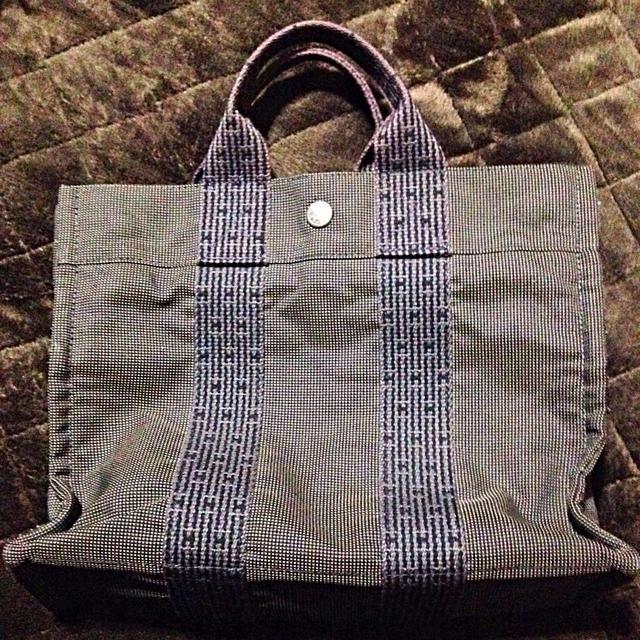Hermes(エルメス)のエールライン トート PM グレー  レディースのバッグ(トートバッグ)の商品写真
