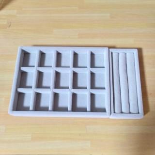 ムジルシリョウヒン(MUJI (無印良品))のMUJI無印良品 アクリルケース用ベロア内箱仕切2個セット(小物入れ)