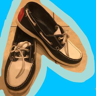 トリッペン(trippen)のマリン風 デッキシューズ トリコロールカラー おじ靴 スリッポン モカシン 革靴(ローファー/革靴)