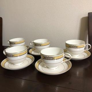 ノリタケ(Noritake)のうさぎ様専用 イエローテープ&ゴールドのカップ&ソーサー5客(食器)