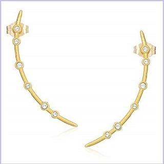 ドギャード(Dogeared)の新品未使用ピアスDogeared Long Arc Stud Earri(ピアス)