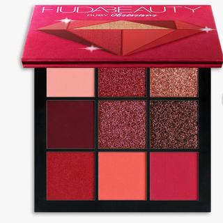 セフォラ(Sephora)の新販売のHUDA BEAUTY 9色シャドウパレット(アイシャドウ)