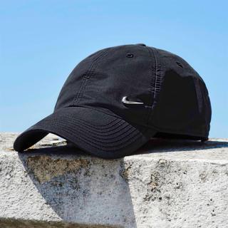 ナイキ(NIKE)のNike metal swoosh cap メタルロゴ ナイキ シンプル 黒(キャップ)