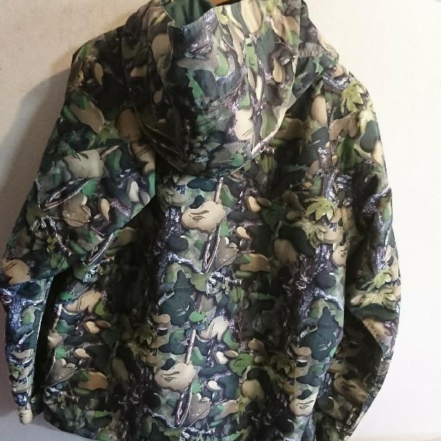 A BATHING APE(アベイシングエイプ)のa bathing ape マウンテンパーカー エイプ カモ柄 メンズのジャケット/アウター(ナイロンジャケット)の商品写真
