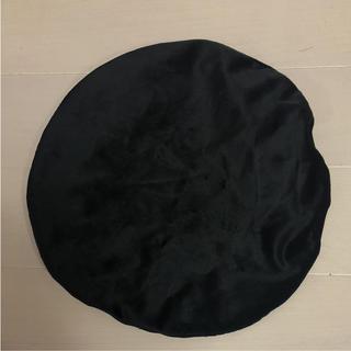 ザラ(ZARA)のZARA ベルベット生地ベレー帽 ブラック(ハンチング/ベレー帽)