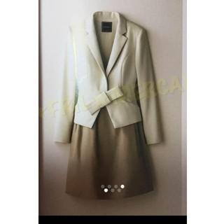 フォクシー(FOXEY)の美品☆FOXEY 立体リボンジャケット 40 クラシックベージュ (テーラードジャケット)