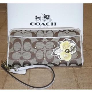コーチ(COACH)のCOACH✨フローラル長財布(財布)