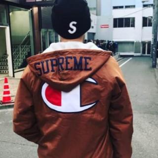 シュプリーム(Supreme)のSupreme(ナイロンジャケット)