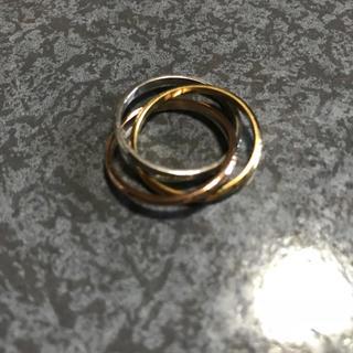 送料無料 16号 サージカルステンレス 三色三連リング 指輪 トリニティリング(リング(指輪))
