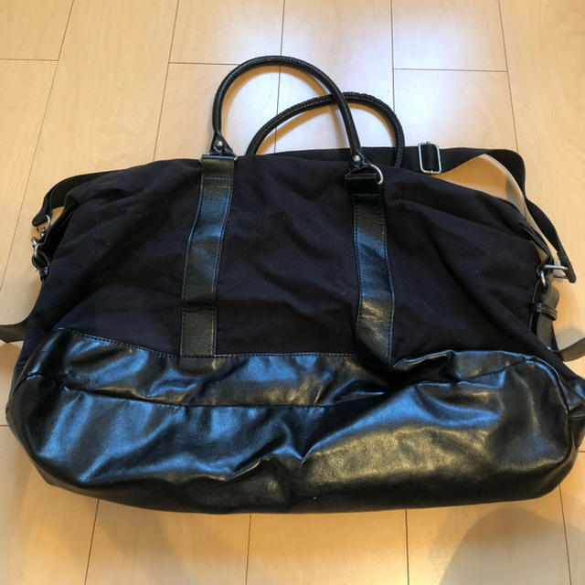 DIESEL(ディーゼル)のディーゼル ボストンバッグ 黒 メンズのバッグ(ボストンバッグ)の商品写真
