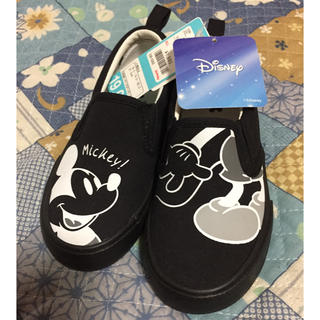 ディズニー(Disney)のお値下げしました! 19センチ ミッキー スリッポン 新品未使用!(スリッポン)