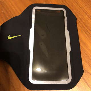 ナイキ(NIKE)のナイキ iphone5.SE用ランニング用 アームバンド(その他)