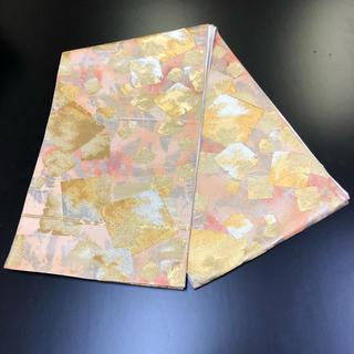 正絹。袋帯。金地に綺麗な柄。(帯)