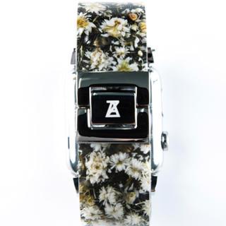 アンリアレイジ(ANREALAGE)のアンリアレイジ Apple watch ベルト 新品 入手困難 完売(腕時計)