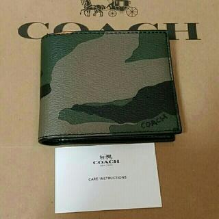 コーチ(COACH)の2018 最新作 COACH 二つ折り財布 新品 メンズ(折り財布)