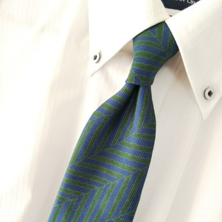 セルッティ(Cerruti)の美品 CERRUTI シルク 総柄 ネクタイ フランス製 (ネクタイ)