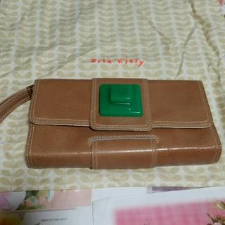 オーラカイリー(Orla Kiely)のオーラカイリー革製クラッチバッグ、保存袋付き(トートバッグ)
