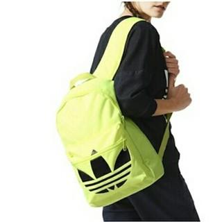 アディダス(adidas)のリュック バックパック 新品 TREFOIL アディダス adidas 蛍光(バッグパック/リュック)