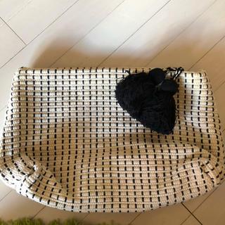 ザラ(ZARA)のクラッチバッグ 大きめ タッセル コットン素材(クラッチバッグ)