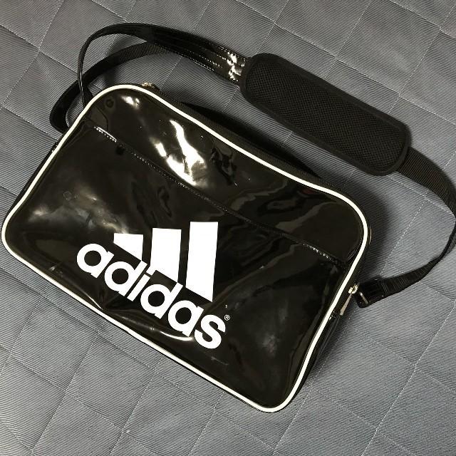adidas(アディダス)のadidas アディダス スポーツバッグ ショルダー ボストン エナメル メンズのバッグ(ショルダーバッグ)の商品写真