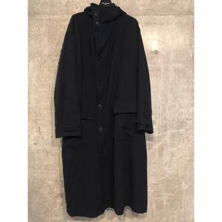 ヨウジヤマモト(Yohji Yamamoto)のヨウジヤマモト ウール オーバーサイズ ベルト付きフーデッドコート [82] (モッズコート)