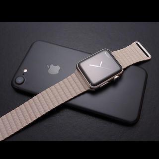 アップルウォッチ(Apple Watch)のアップルウォッチ  42ミリ レザーループバンド(レザーベルト)