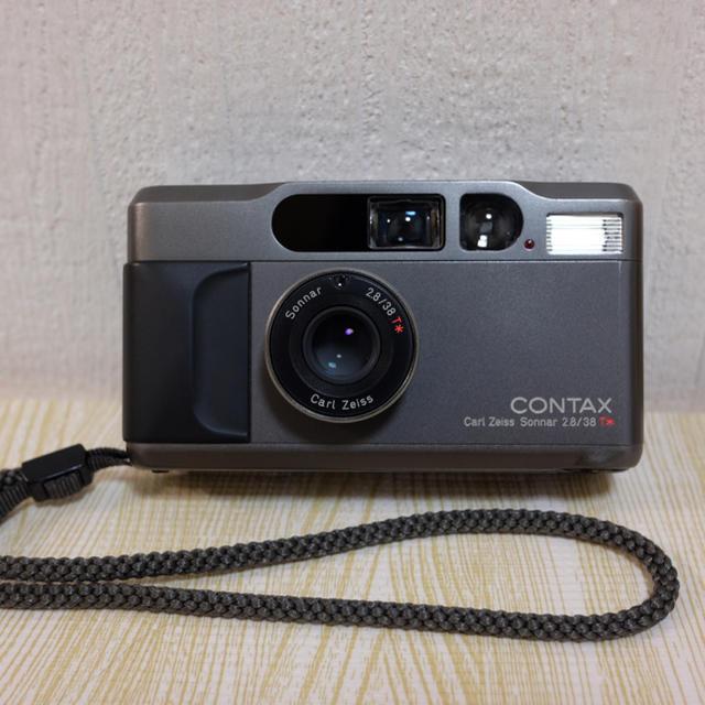 京セラ(キョウセラ)のcontax  T2 チタンブラック スマホ/家電/カメラのカメラ(フィルムカメラ)の商品写真