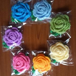 7個 7色の薔薇 アクリルエコたわし(キッチン小物)